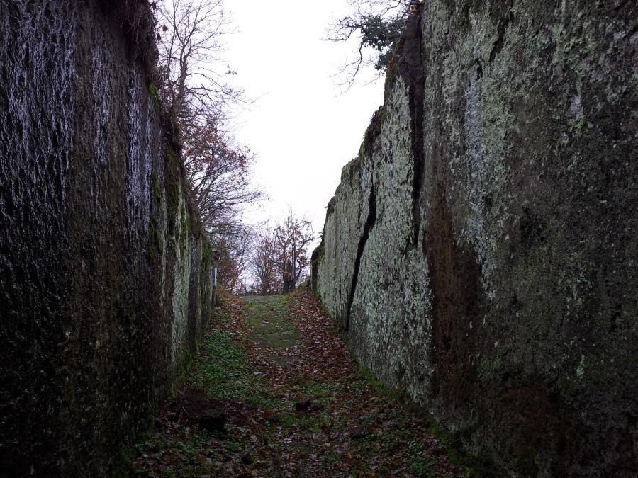 Tomba Hescana