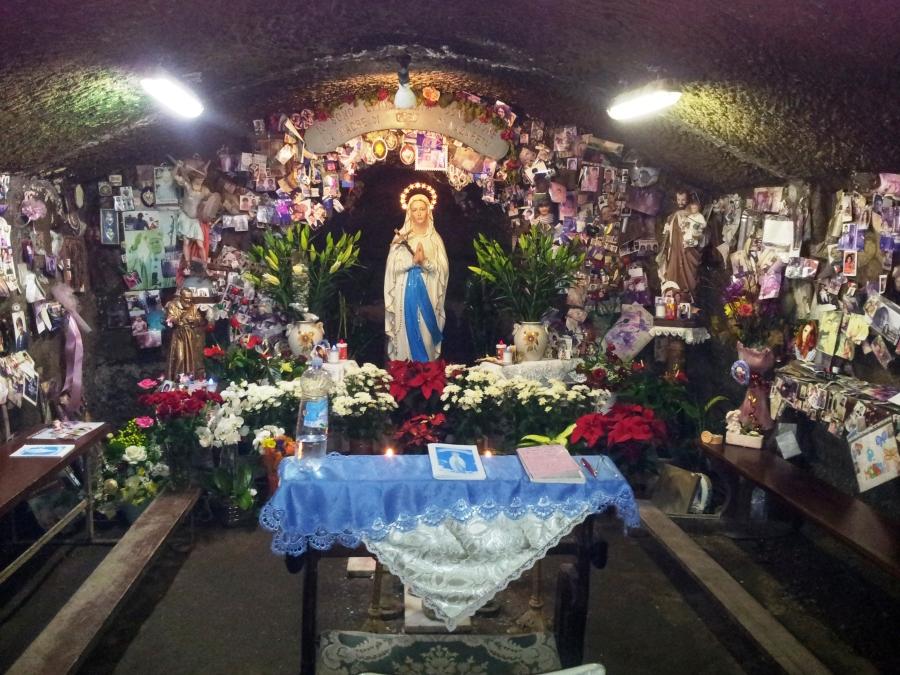 Grotta delle Apparizioni Marta
